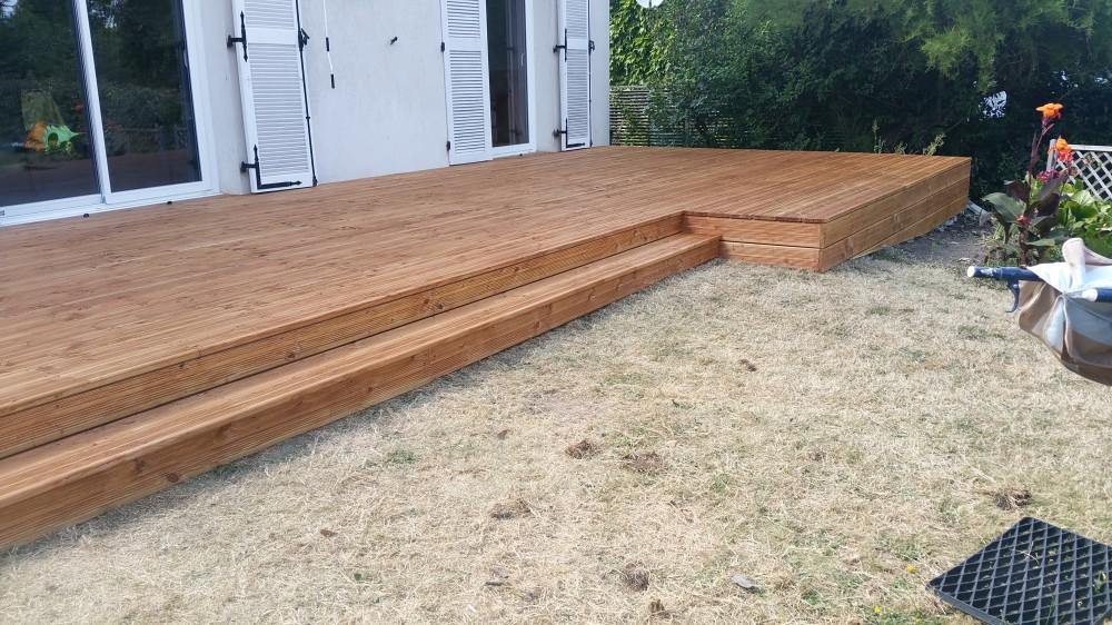 terrasse bois fabrication id es sur les parcs et leur quipement de soutien. Black Bedroom Furniture Sets. Home Design Ideas